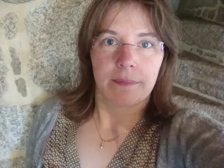 Virginie FREY 46 Ans NANTES AIGRE Copains Davant