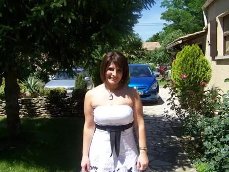 Isabelle LINO 36 Ans DOMAZAN LES ANGLES Copains Davant