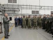 Thế giới - 1.700 cơ sở quân sự Mỹ lâm nguy