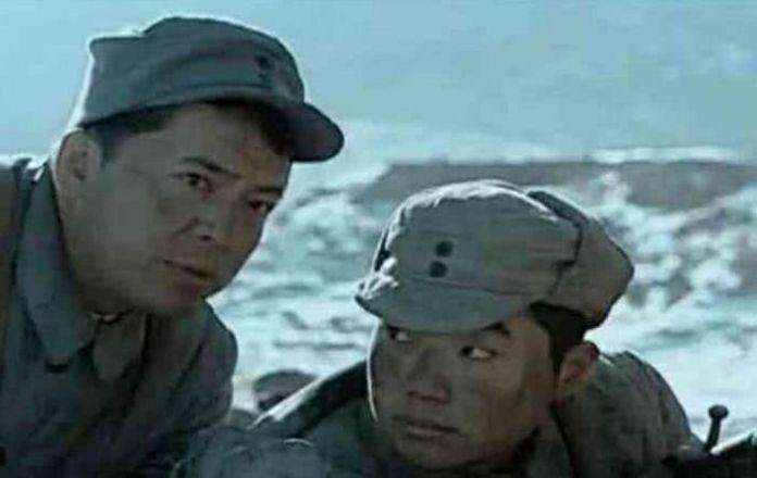 """""""Fan cứng"""" nhặt được loạt sạn hài hước khó tin thế này trong phim Trung Quốc - 4"""