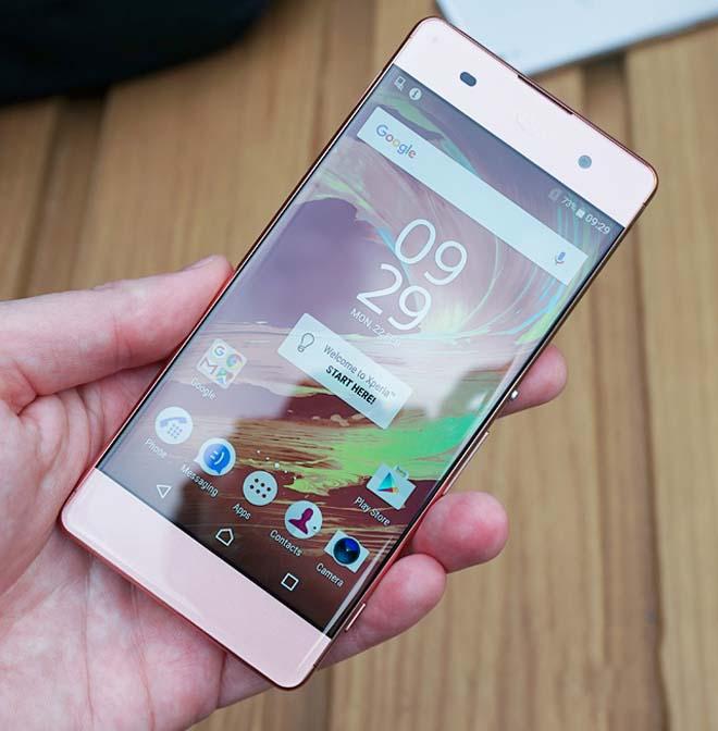 5 smartphone màu hồng đẹp ngây ngất mà giá siêu rẻ - 1