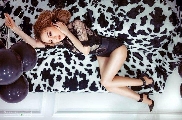 """Váy áo sexy của DJ Sài Thành khiến bao người """"đau con mắt bên phải"""" - 6"""