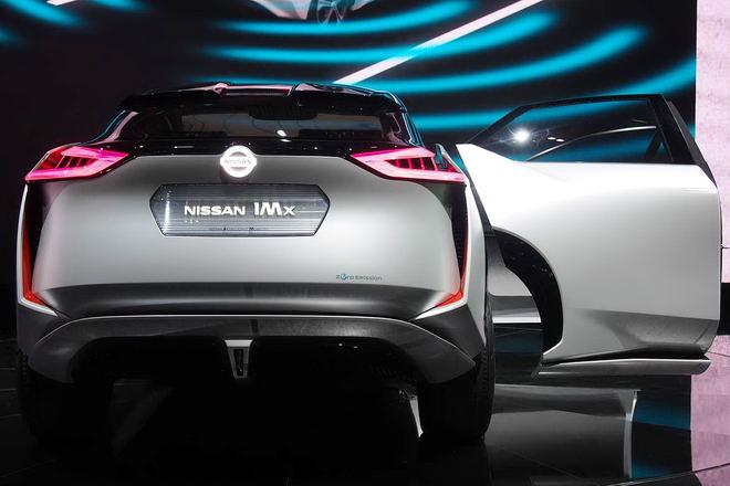 Nissan trình diễn crossover tự lái IMx Concept - 3