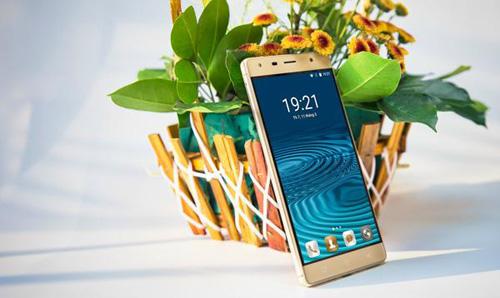 """Chen chân"" chờ mua Smartphone Ram 2G,Rom 16G, giảm giá còn 1,8 triệu - 3"