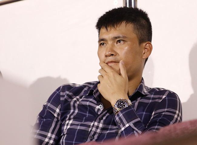 """""""Ronaldo Phi Sơn"""" 6 tỷ đồng: Giành Cup, lên giá bao nhiêu? - 2"""
