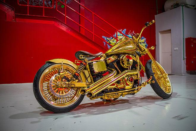 """Ngắm """"núi vàng di động"""" Harley Davidson Custom - 2"""