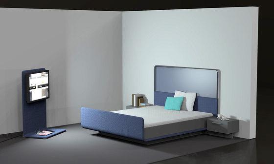 modern four poster bed de designstudio