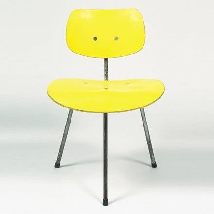 Dorotheum-Tripod chair SE 69