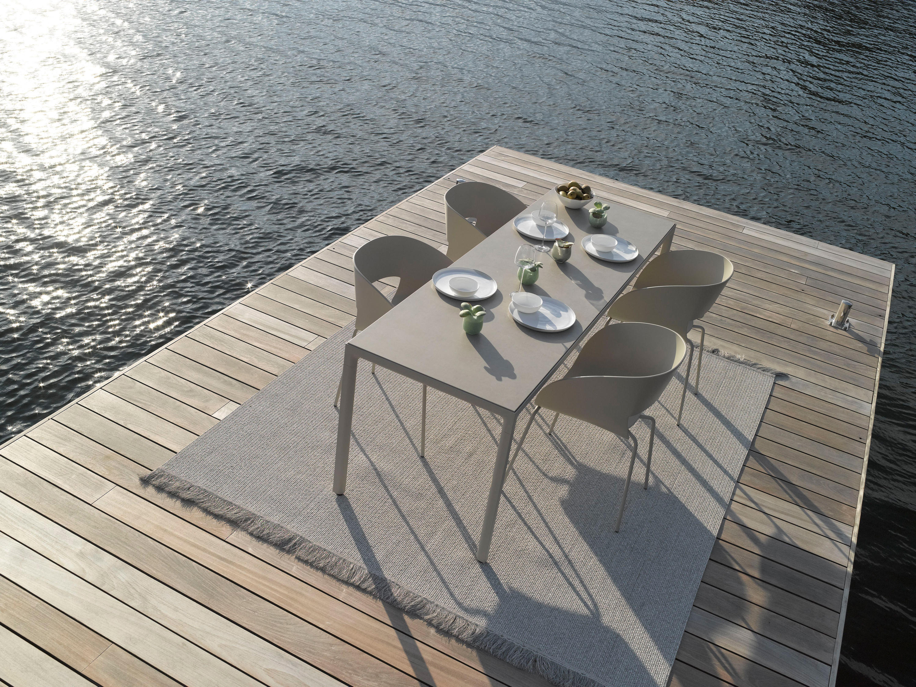 OUTDOOR CARPETS   Outdoor rugs from Trib       Architonic Outdoor Carpets by Trib