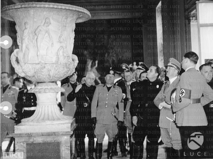 Foto Archivio Luce tratta dal sito del Senato Italiano