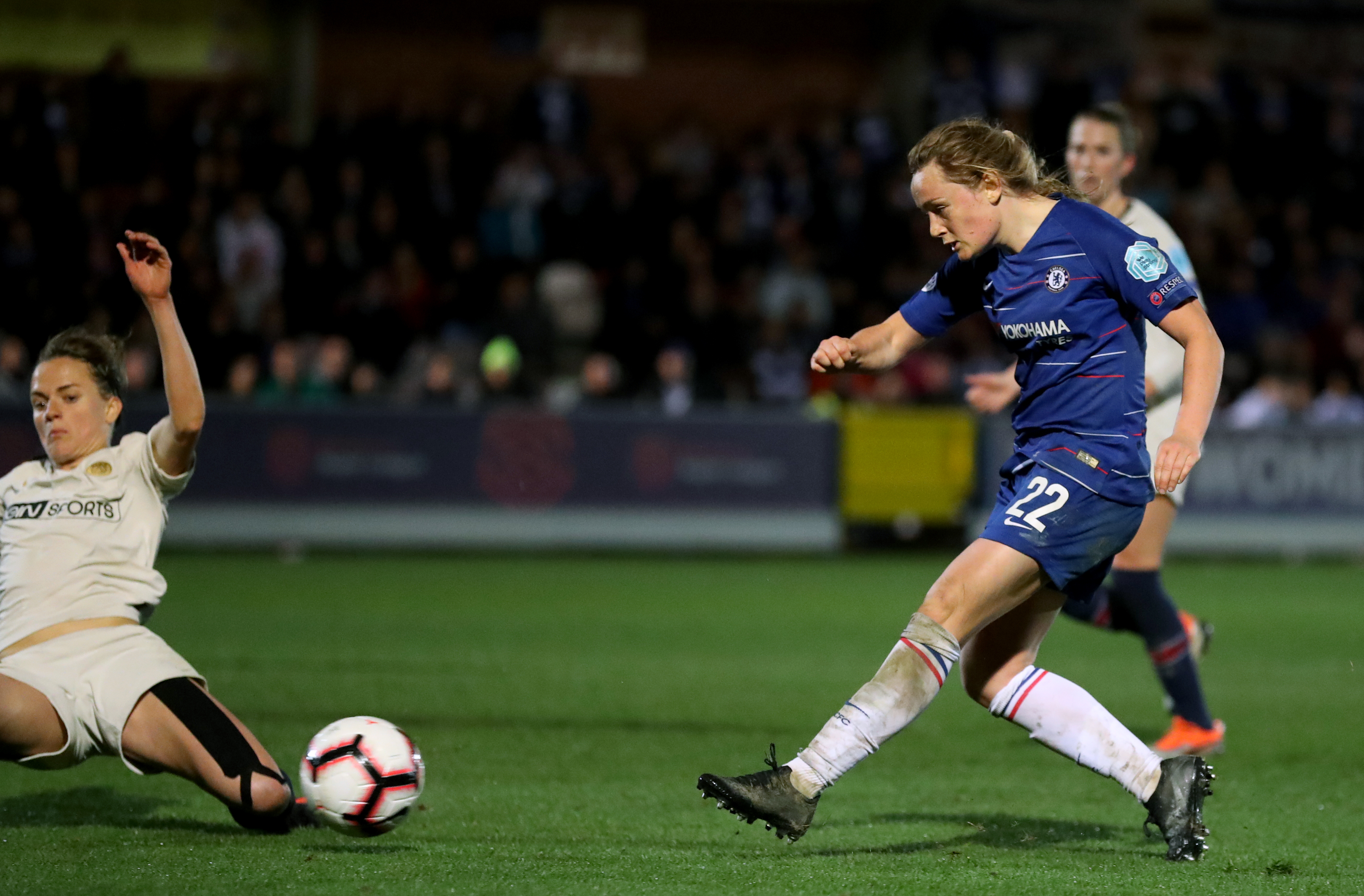 Erin Cuthbert scored a late goal to help put Chelsea in a strong position. (Bradley Collyer/PA Images)