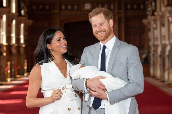 Harry and Meghan touch down in South Africa with Archie after flight delay