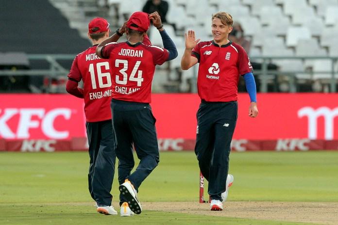 Sam Curran, right, celebrates the wicket of Heinrich Klaasen