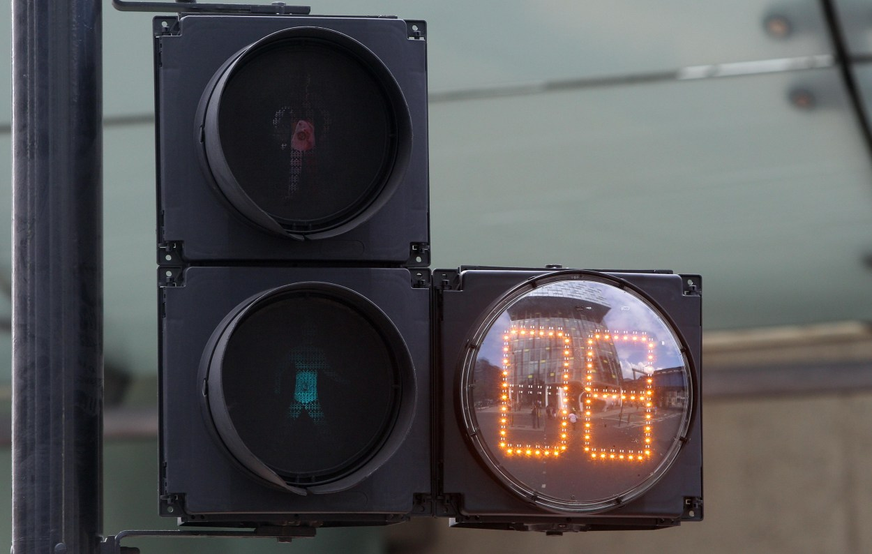 Pedestrian countdown technology