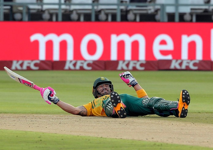 South African hopes of starting the first ODI in Paarl on time were floored on Sunday morning