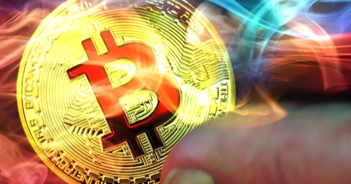 Bitcoin price needs to hold above $31,500 or plunge further