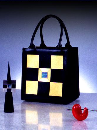 200410 坂本理恵 - 漆のバッグとアクセサリー展 -