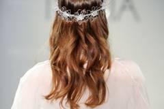 Frisuren Fur Mittellanges Haar 12 Hochsteckfrisuren Einfach Und