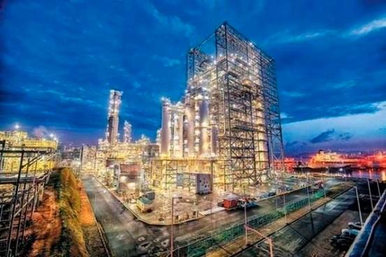 """정제 산업 """"어렵지만 탄소 중립에 참여""""… 블루 수소 및 탄소 포집 대결"""