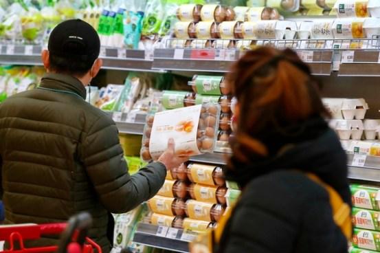 3 월부터 5 월까지의 계란 생산량은 전년 대비 17 % 감소하고 가격은 최대 68 %까지 상승 할 것입니다.