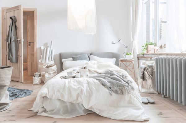 How To Clean Your Bedroom Thoroughly And Efficiently A Quick Easy Guide