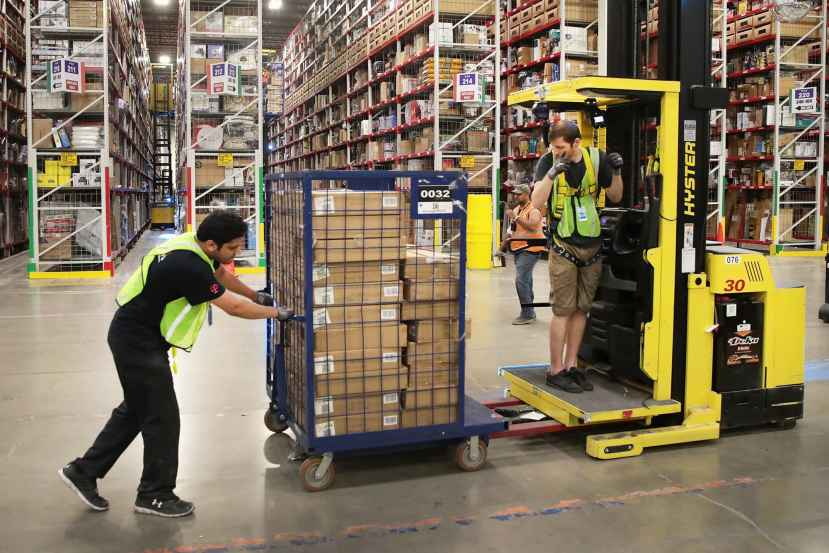 Amazon warehouse workers go on strike in Germany over Covid-19 1