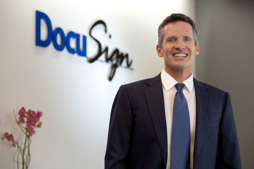 DocuSign rises, will replace United Airlines in Nasdaq 100 this month 1