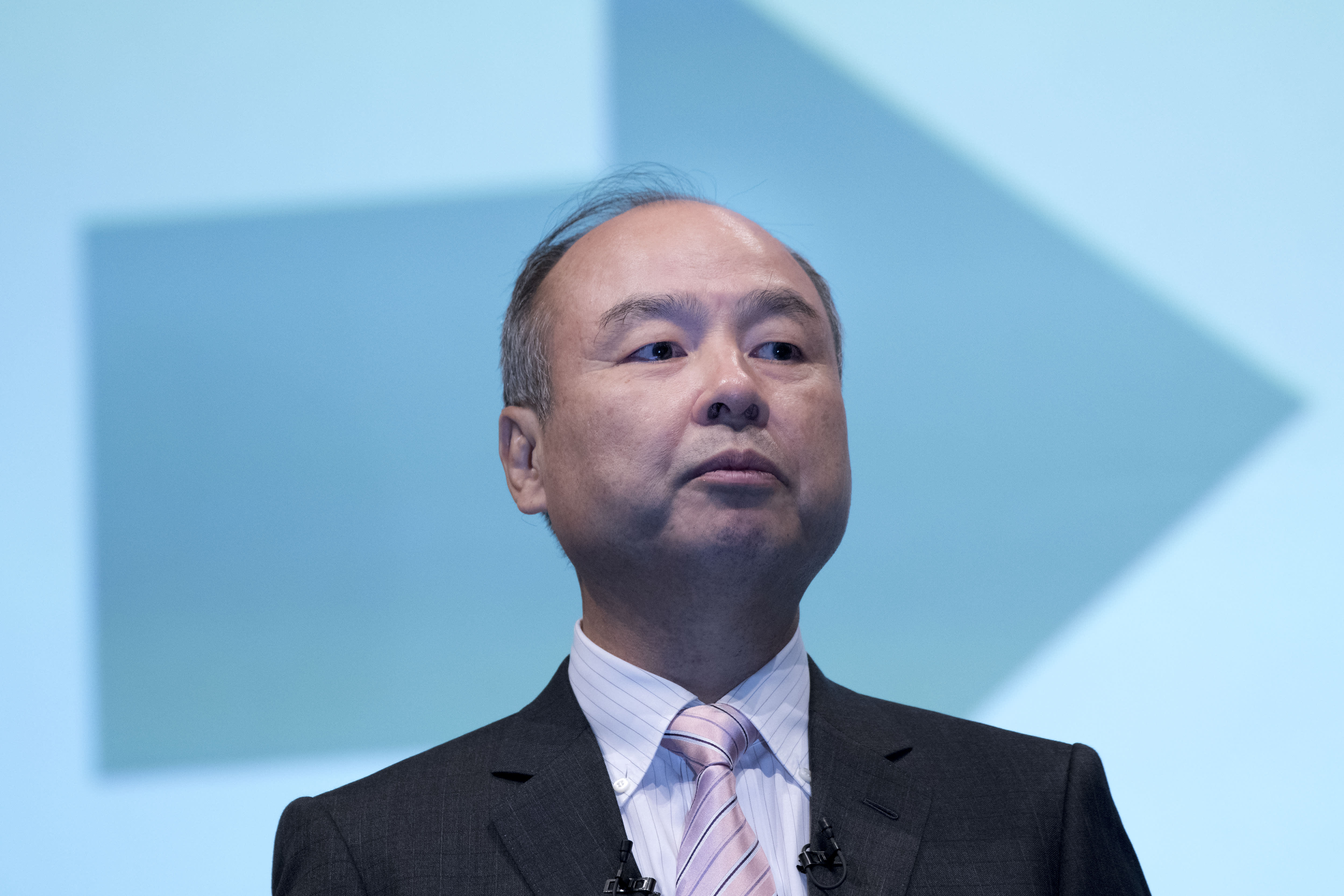 Photo of SoftBank to sell up to two-thirds of T-Mobile stake, worth about $20 billion