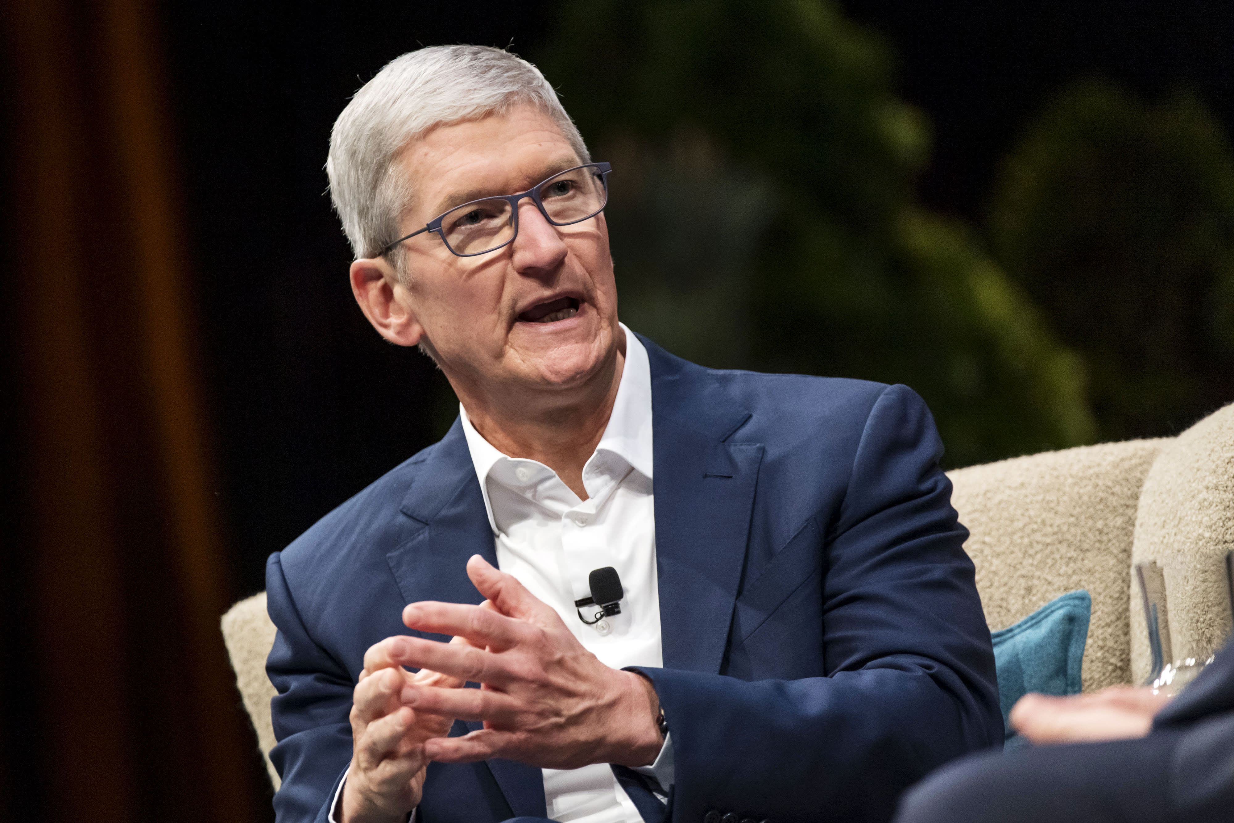 Apple announces COVID-19 website and app in partnership with CDC and the White House