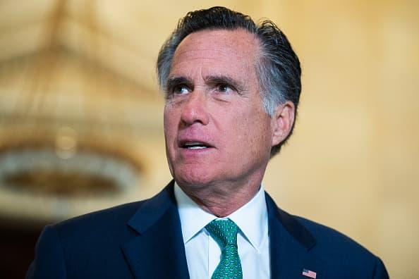 Photo of 'Historic corruption': Romney criticizes Trump for commuting Roger Stone's prison sentence