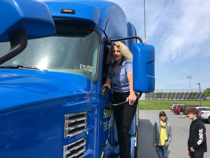 The 2008 housing crisis left this real estate broker unemployed. Now she makes more than $100,000 as a trucker during the coronavirus pandemic | latest news live | find the all top headlines, breaking news for free online april 15, 2021