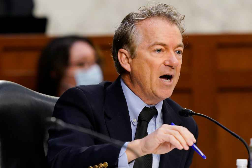 WATCH: Rand Paul, Fauci spar over whether wearing masks after COVID vaccine is 'just theater'