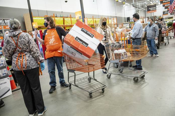 Home Depot crushes estimates, its sales jump 32.7% as customers rang up bigger purchases