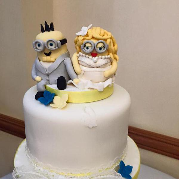 Custom Wedding Cake Toppers Bride And Groom Minions Wedding     Custom Wedding Cake Toppers Bride And Groom Minions Wedding Dispicable Me  Wedding Decoration Personalised Novelty Cake Toppers Handmade Wedding  Decoration