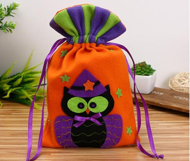 Cute Cartoon Non Woven Gift Candy Bag Halloween Christmas Festive Party Favor Pouch Gift Basket From Helenchan Dhgate Com