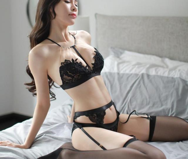 2018 New Women Erotic Lingerie For Perspective Female Sex Underwear Erotic Black Lace Bra Porn Sexy Lingerie Temptation Costumes