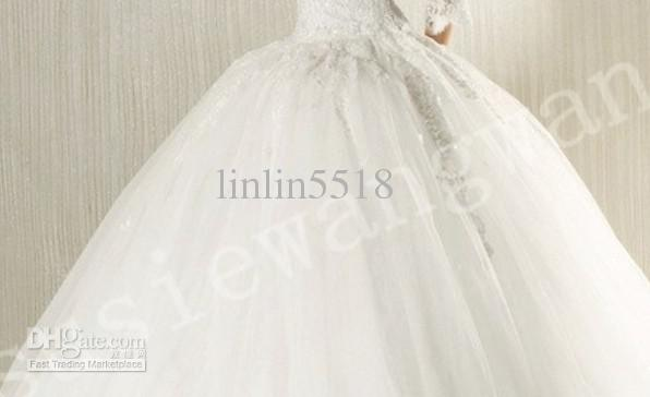 Elegant Retro Long Sleeve Lace Ball Gown Sweetheart