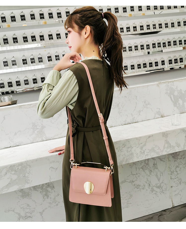 Woman Luxury Bag 2019 Woman Package Air Lock Small Square