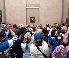 In front of Leonardo da Vinci's Mona Lisa