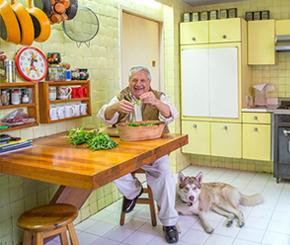 At Casa Gilardi, in Mexico City, Martín Baltazar Luque Valle prepares a salad