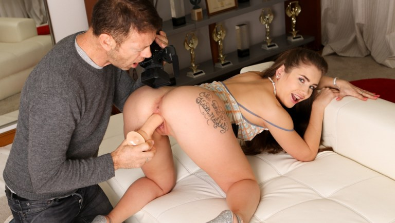 Obedient Mary's Huge Cock 69 Audition