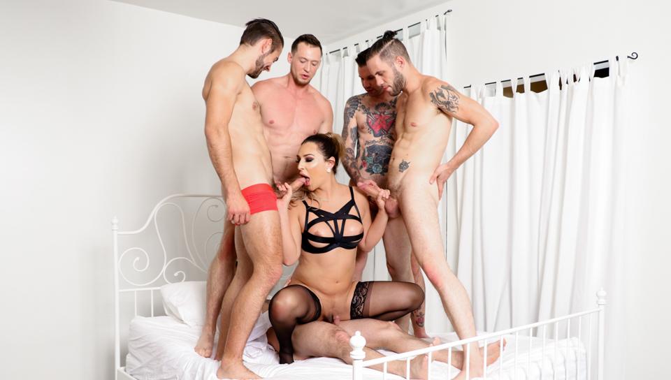 Kinky TS Chanel's 5-Cock Gangbang!