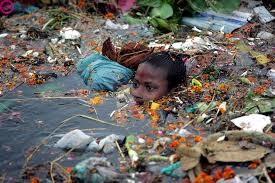 images-152.jpg (혐) 인도인들의 성수 겐지스 강 실태.jpg