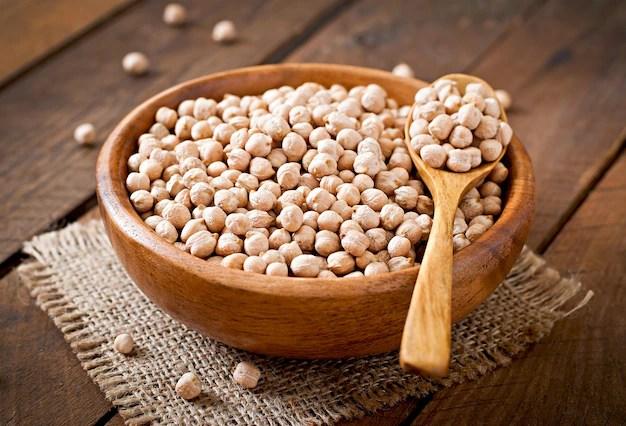 鷹嘴豆 ( Garbanzo ) 含有 28% 蛋白質含量以及 8 種人體必需胺基酸,是非常優質的蛋白質來源。