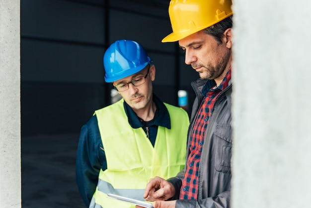 how to deliver a toolbox talk