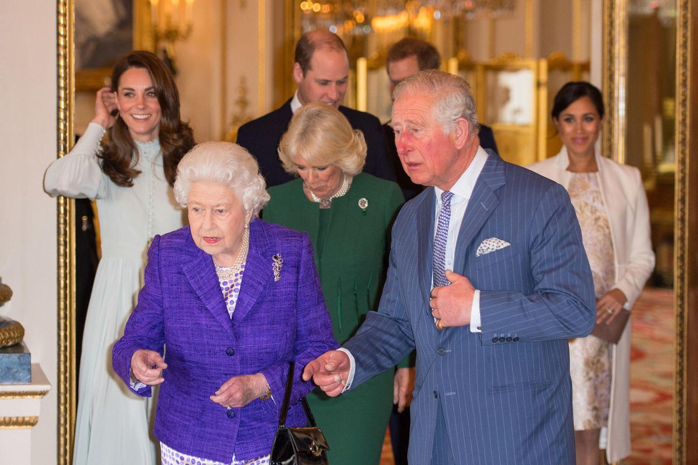 Royals Queen Elizabeth Co Zehn Geheimnisse Der Windsors Gala De