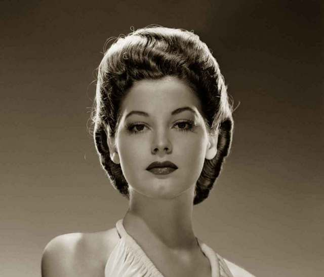1940s hairstyles - memorable pompadours | glamour daze