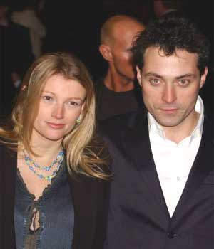 Rufus Sewell and Amy Gardner