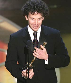 https://i2.wp.com/image.guardian.co.uk/sys-images/Film/Pix/gallery/2005/02/28/charlie_kaufman.jpg