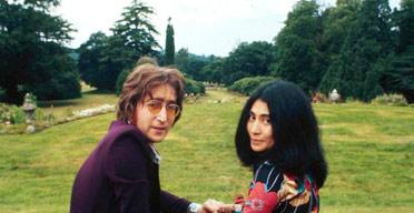 Lennon and Ono at Tittenhurst Park estate in 1970